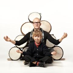 Lastele: maailmamuusika rütmikool ja pannkoogid!